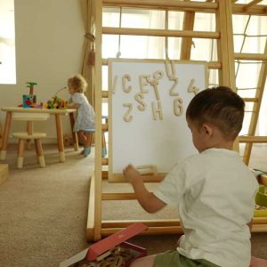 alpharbet-magnet-white-board